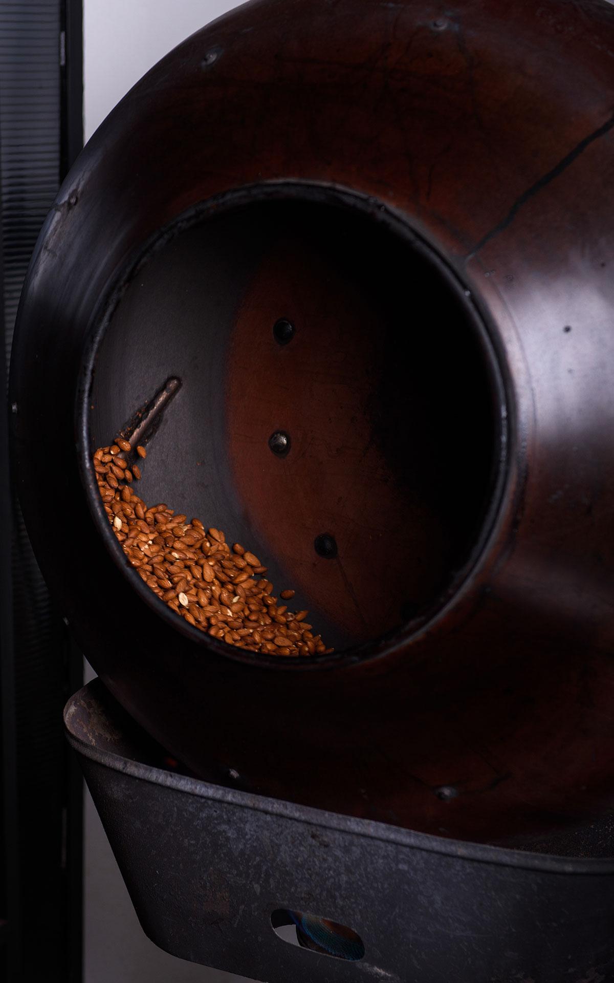 Lazaris private tour tasting corfu mandola 02